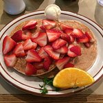 Wheat pancakes with Strawberries
