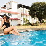 SWIMMING POOL GULMOHAR SUITES
