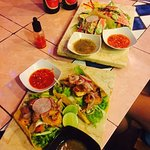 Seared tuna taco and grilled Mahi-Mahi taco. Yummy!