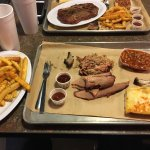 Smokee Mo's Arnold BBQ Picture