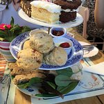 Afternoon tea for 3 people, one option gluten free.