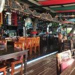 Cute decor, bar area, plenty of tables