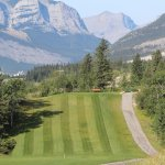 #16 Tee looking down the Bow Valley
