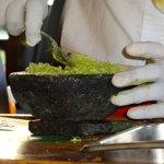 guacamole prepare table side