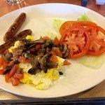 Tomato Mushroom Scramble