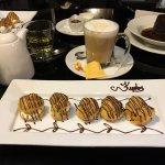 Kudos has DELICIOUS desserts!!