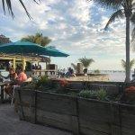 Foto di Outrigger Tiki Bar and Deckside Cafe