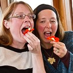 These Galley Gourmet guests demonstrate how to eat a nasturtium