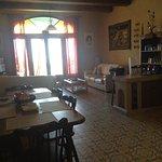 tv lounge/dining area