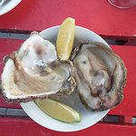 Photo de Tapas and Oysters