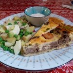 Sampling 2 quiches along with the fresh salad and homemade horse raddish dip