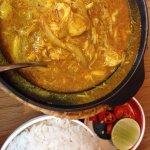 Bun with pork, crab curry