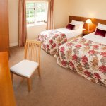Triple Room Gleneagle River Apartment