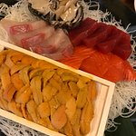 A box of uni, Sashimi and Abalone !