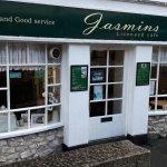 Jasmins Licensed Cafe, 81 - 83 The Ridgeway