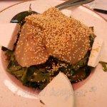 Πράσινη σαλάτα με αχλάδι τουρσί και μανούρι (τέλεια)!