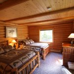 Mt. Cecil Cabin bedroom.