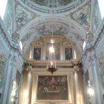Iglesia. Altar mayor y bóveda de media naranja