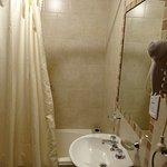 Baño en habitación matrimonial