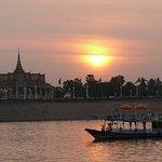 Sunset Mekong River front of Royal Palace Phnom Penh