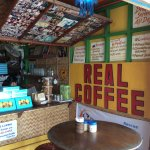 Real Coffee & Tea Cafe Foto