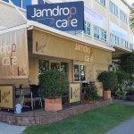 Jamdrop Cafe