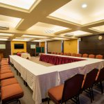 Melville Hall (arranged for Corporate meetings, Get-togethers, Seminars & Workshops).