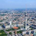 Genau in der Mitte Berlins - der Berliner Fernsehturm