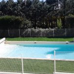 piscine 6m x 12m, pelouse naturelle