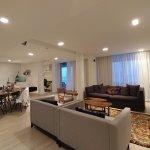 Living room,dining room & kitchen...