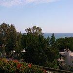 Вид из отеля на моря