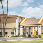 Welcome To The Super 8 Harlingen TX Exterior Hotel