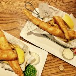 It's not a trip to Cornwall without some delicious 'fish n chips' in your belly!! @Thecentralinn
