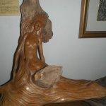 many wood carvings, just beautiful.