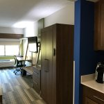 Foto di Holiday Inn Express & Suites Raleigh NE - Medical Ctr Area