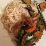Rice noodles with grilled vegetables