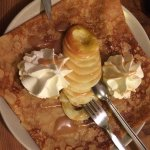 Crêpe pommes caramel beurre salé chantilly