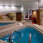 Garden of Eden Apple Suite Pool Area