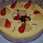 Torta bavarese vaniglia e frutti di bosco
