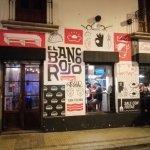 Photo of El banco rojo
