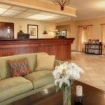 Photo de Phoenix Inn Suites South Salem