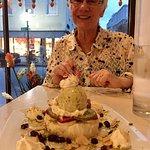 Leyla's Ashta dessert