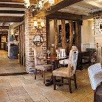 Beautiful, traditional decor