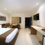 Comfort Inn Midlander Emerald