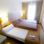 Habitación doble con cama supletoria (0.80 cm)