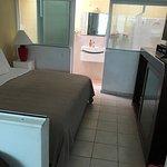 Foto de Color de Verano Village Apartments