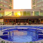 Ascott Makati Swimming pool and Al Fresco area