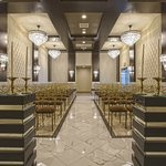 New La Capella Chapel at Chapel of the Flowers | Modern Las Vegas Weddings