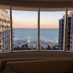 Photo de Royal Palm South Beach Miami, A Tribute Portfolio Resort