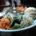 Grande asiette macrobiotic : proteine is japonese azukis, whole rice, salads,  seaweeds, pi